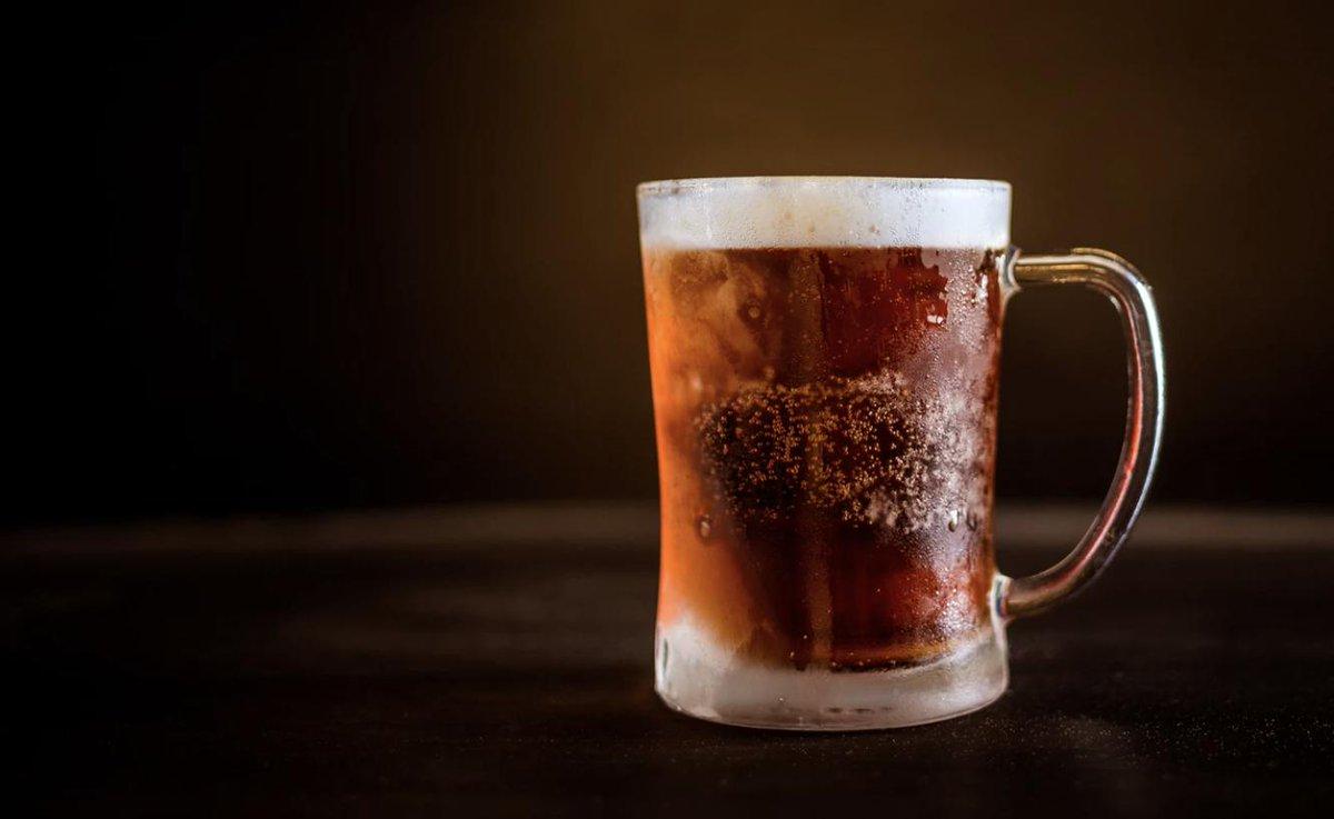 Para que sigan con retos tontos. Joven muere tras tomar cerveza en menos de 30 segundos(VIDEO) http://bit.ly/329wTje