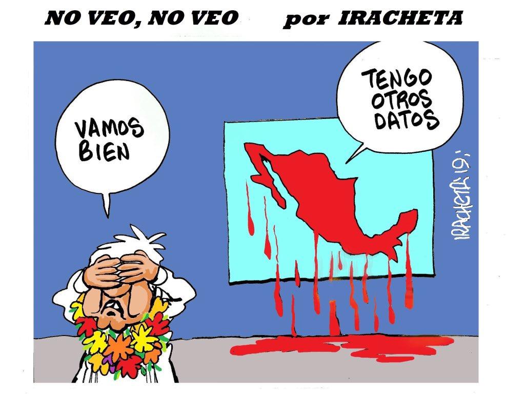 """#CalderonEsChingon#YoApoyoALaPoliciaFederal AMLO será recordado no solo como el más pendejo Presidente, será recordado como el presidente de los """"otros datos""""."""