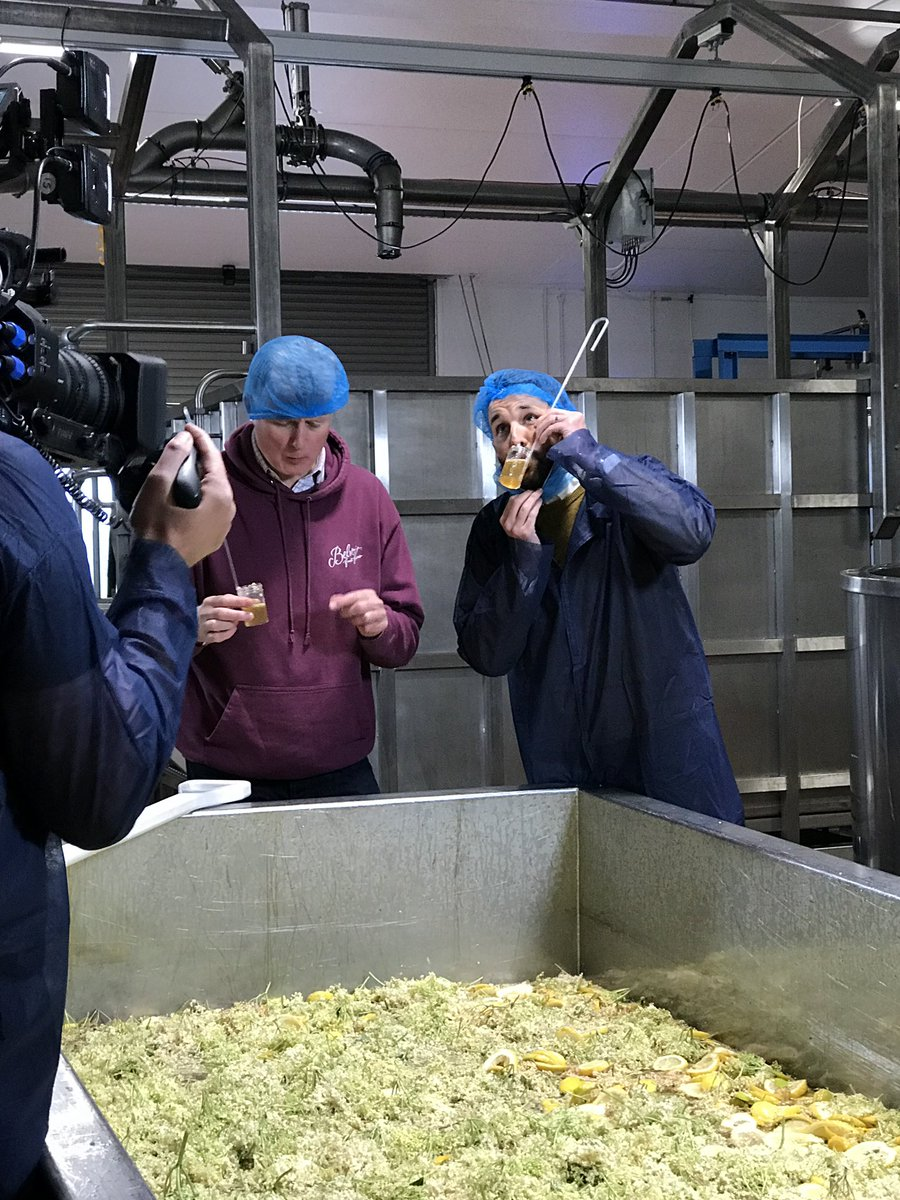 Beard snoods at the ready! Tomorrow on @SaturdayKitchen I join the owner of @belvoirff to learn the secret family recipe of the taste of British summer: elderflower cordial #saturdaykitchen https://t.co/yKPW4xj68t