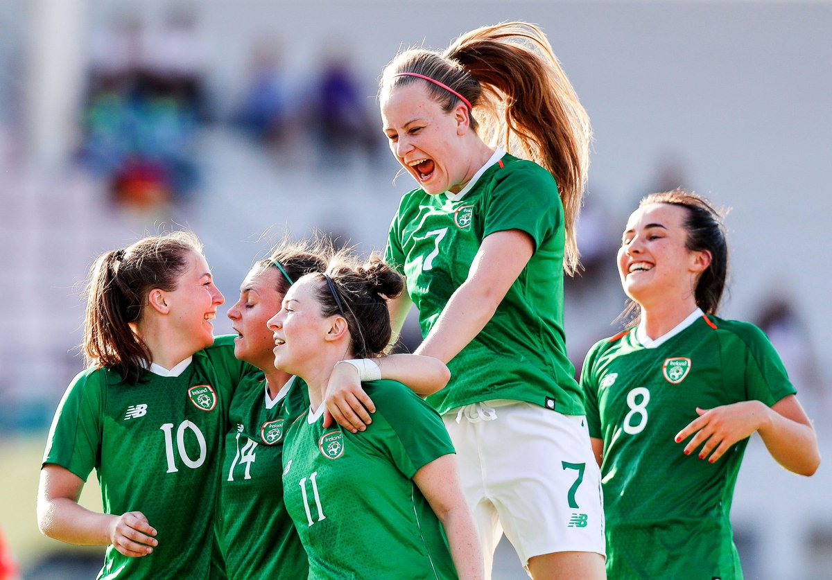 Congratulations to the Irish Women's college football team who beat Korea 2-1 to secure their place in the 2019 FISU Summer Universiade Quarter Finals #COYGIG #WUG19IRL #Napoli19 pic.twitter.com/BPzue8QSRA