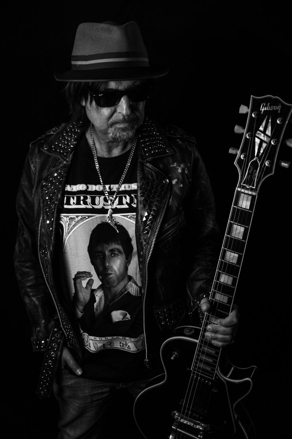 D sqYXNXYAE8cjg?format=jpg&name=900x900 - Alice Cooper, Dee Snider & Rob Halford Join MOTORHEAD's Phil Campbell New Project