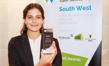 Exeter engineering student secures award https://ift.tt/2Jefcas