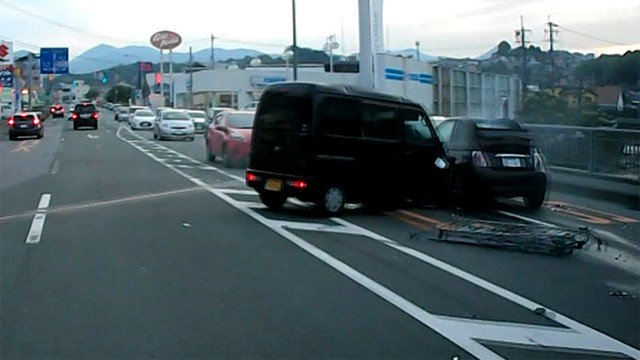 飛田 バイパス 事故