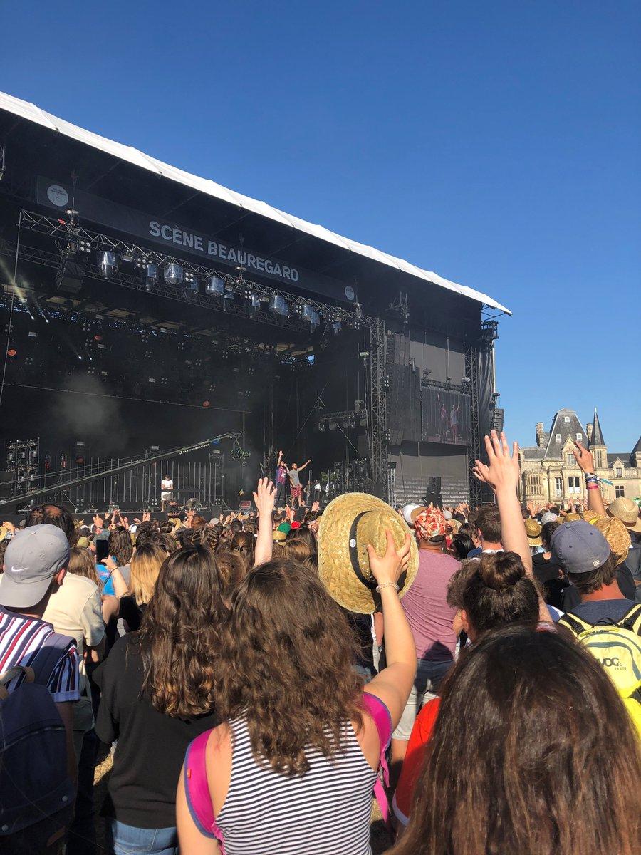 Encore 3 soirées 😎🎬🎤 #festivalbeauregard, premier festival de #Normandie . Une programmation, encore une fois, exceptionnelle. Caen Evènements vous souhaite un excellent Festival sous ce magnifique #soleil 🌞🌞🌞 https://t.co/KxD9eCjrdu
