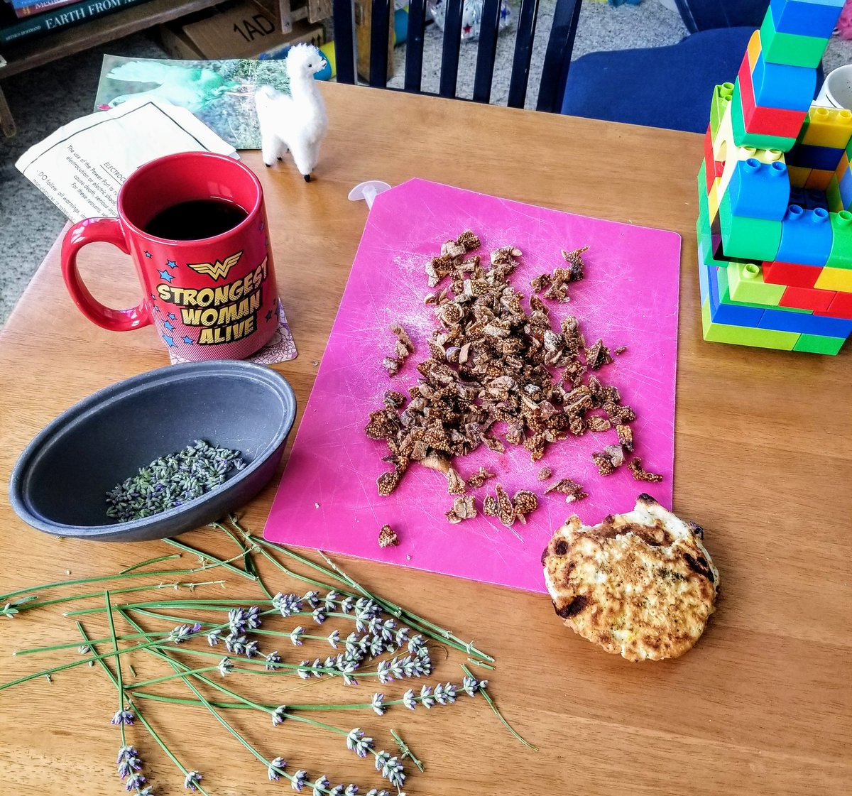 Happy Saturday friends! Coffee. Legos. Savory pancakes. And the beginnings of the lavender fig bread experiment.   #mamalife #homemade #bakersnightmare<br>http://pic.twitter.com/PPggCWJTPS