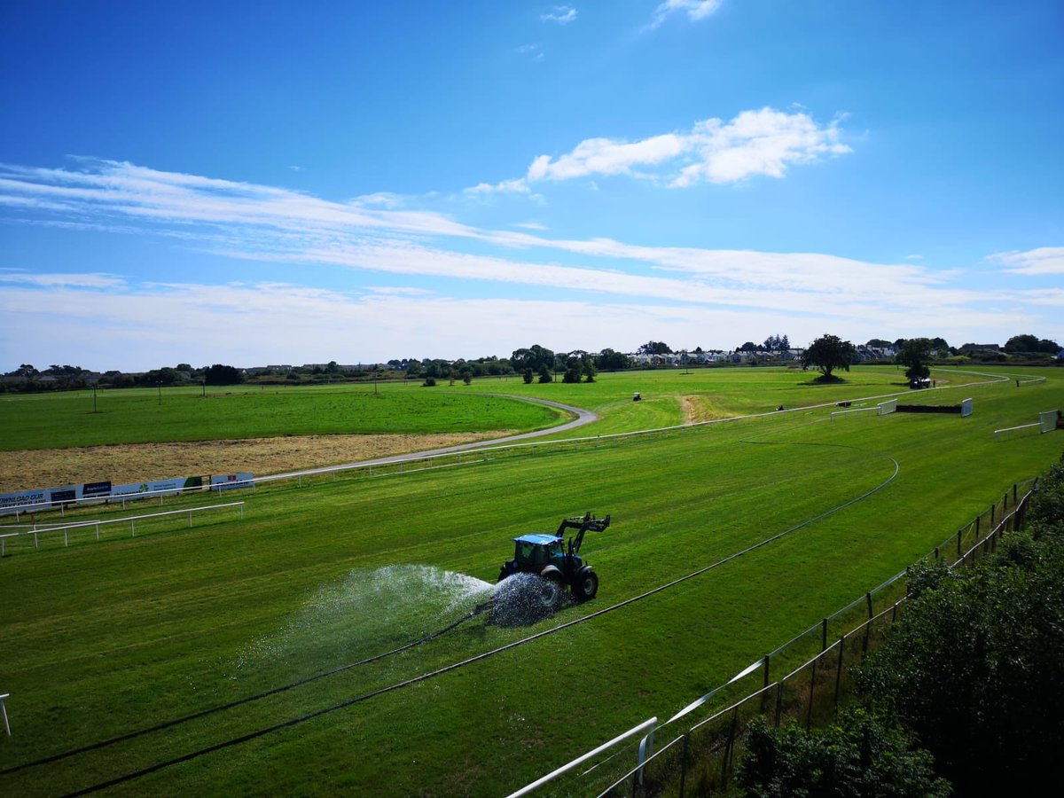 test Twitter Media - Even the grass gets hydrated ahead of racing @WexfordRacecour on a glorious Friday afternoon. #SunnySoutheast #ComeRacing https://t.co/91DiugRK7j