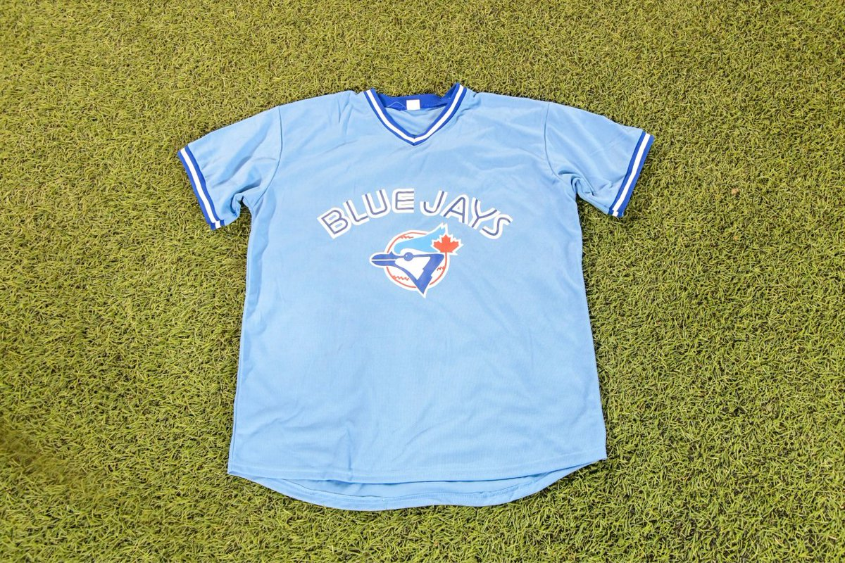 0bdbb157 ... percent off a jersey purchase at any in-stadium Jays Shop store or  kiosk! PLEASE NOTE: This offer is only valid for  tonight.pic.twitter.com/Yc1K3NLpe5