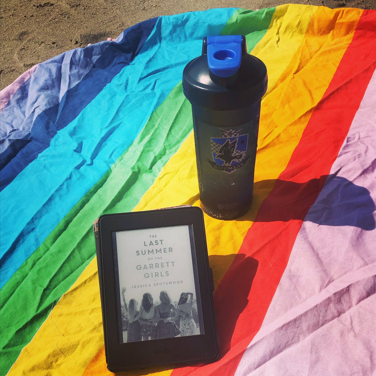 How's summer reading going? Mrs.Rosegrant is loving beach reading! <a target='_blank' href='http://search.twitter.com/search?q=tjms'><a target='_blank' href='https://twitter.com/hashtag/tjms?src=hash'>#tjms</a></a> <a target='_blank' href='http://twitter.com/ArlingtonVALib'>@ArlingtonVALib</a> <a target='_blank' href='http://twitter.com/APSLibrarians'>@APSLibrarians</a> <a target='_blank' href='http://search.twitter.com/search?q=summerreading'><a target='_blank' href='https://twitter.com/hashtag/summerreading?src=hash'>#summerreading</a></a> <a target='_blank' href='http://search.twitter.com/search?q=tjmsrocks'><a target='_blank' href='https://twitter.com/hashtag/tjmsrocks?src=hash'>#tjmsrocks</a></a> <a target='_blank' href='https://t.co/juGA6bdK6R'>https://t.co/juGA6bdK6R</a>