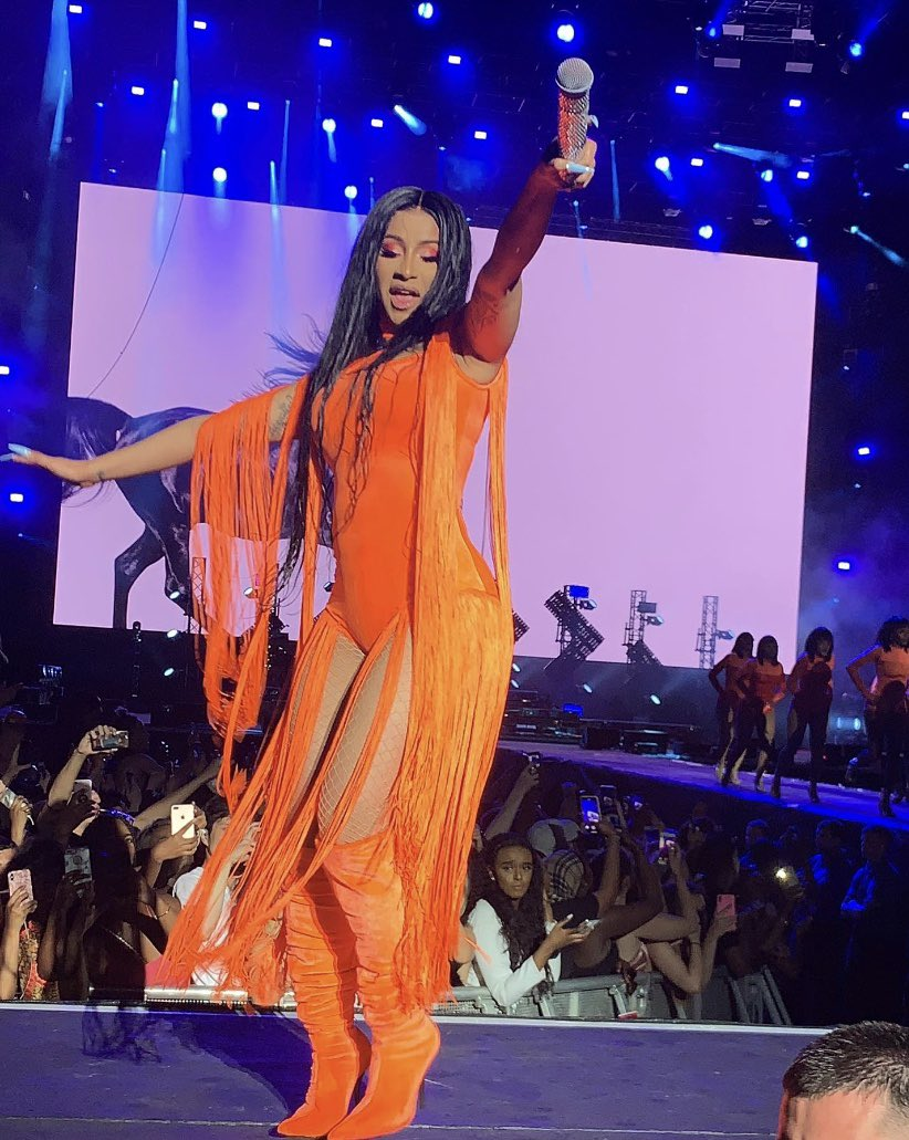 """I Want My Wig Back"" - Cardi B Begs Fans After Throwing It Into The Crowd  During Performance"