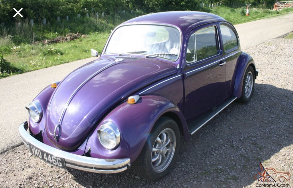 @nostalnerd Not this one but this is exactly what it was like. 1968 Beetle.