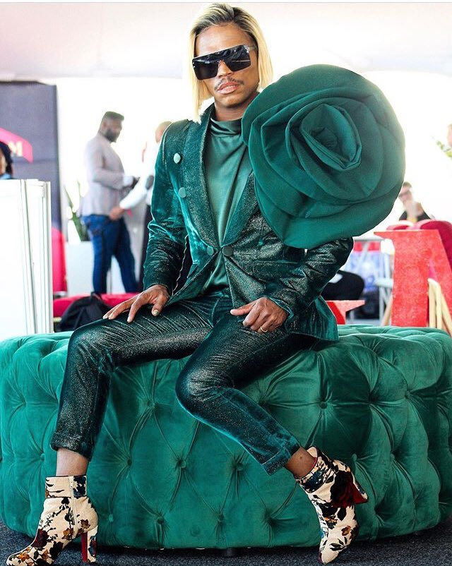 Boity and Somizi are the best dressed so far they can share the W. #DurbanJuly  #VDJ2019<br>http://pic.twitter.com/xIX5H4bIRQ