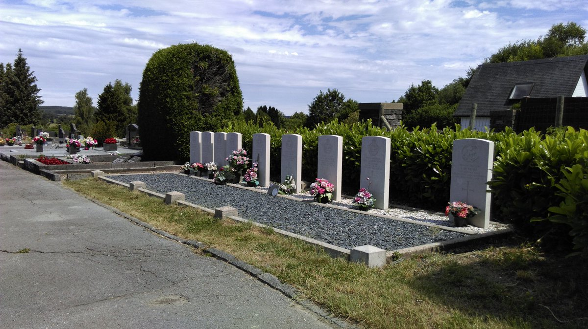 6 July 2019, visiting the @CWGC graves at city of Neufchateau (Belgium), far from my home town (but not as far from home as they). Notice the flowers on their grave. They aren't forgotten. No one is ever forgotten. #wewillrememberthem <br>http://pic.twitter.com/yV08e1yFoc