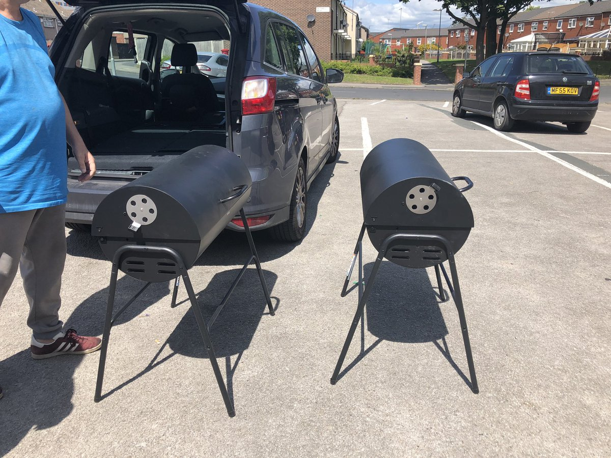 """So today is also the day that members of The Holbeck and folk that live in the area come to fetch their """"used once and cleaned after"""" free BBQs from WildConference.   """"if they ever ask you what you think about arts funding remember it was good for a free BBQ"""" #recycling #27bbqs<br>http://pic.twitter.com/EgoJIY52aw"""