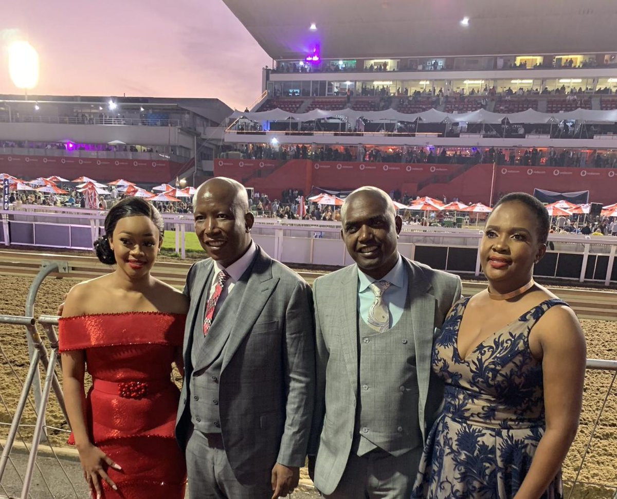 Hates Capitalism but dresses to the nines and attends the Durban July. The EFF's motto: DO AS WE SAY, NOT AS WE DO! #DurbanJuly <br>http://pic.twitter.com/qo3V5PkVdJ