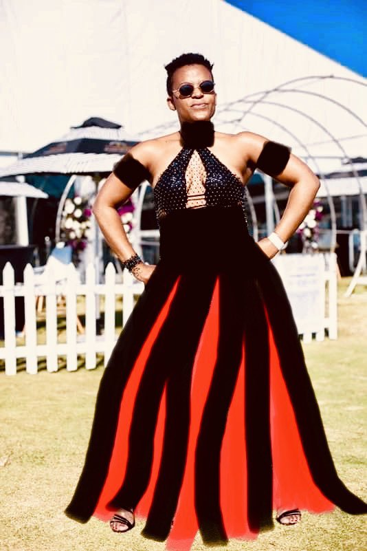 Zodwa Wabantu dress best of the day #VDJ2019 #DurbanJuly <br>http://pic.twitter.com/c2Qto5btKV