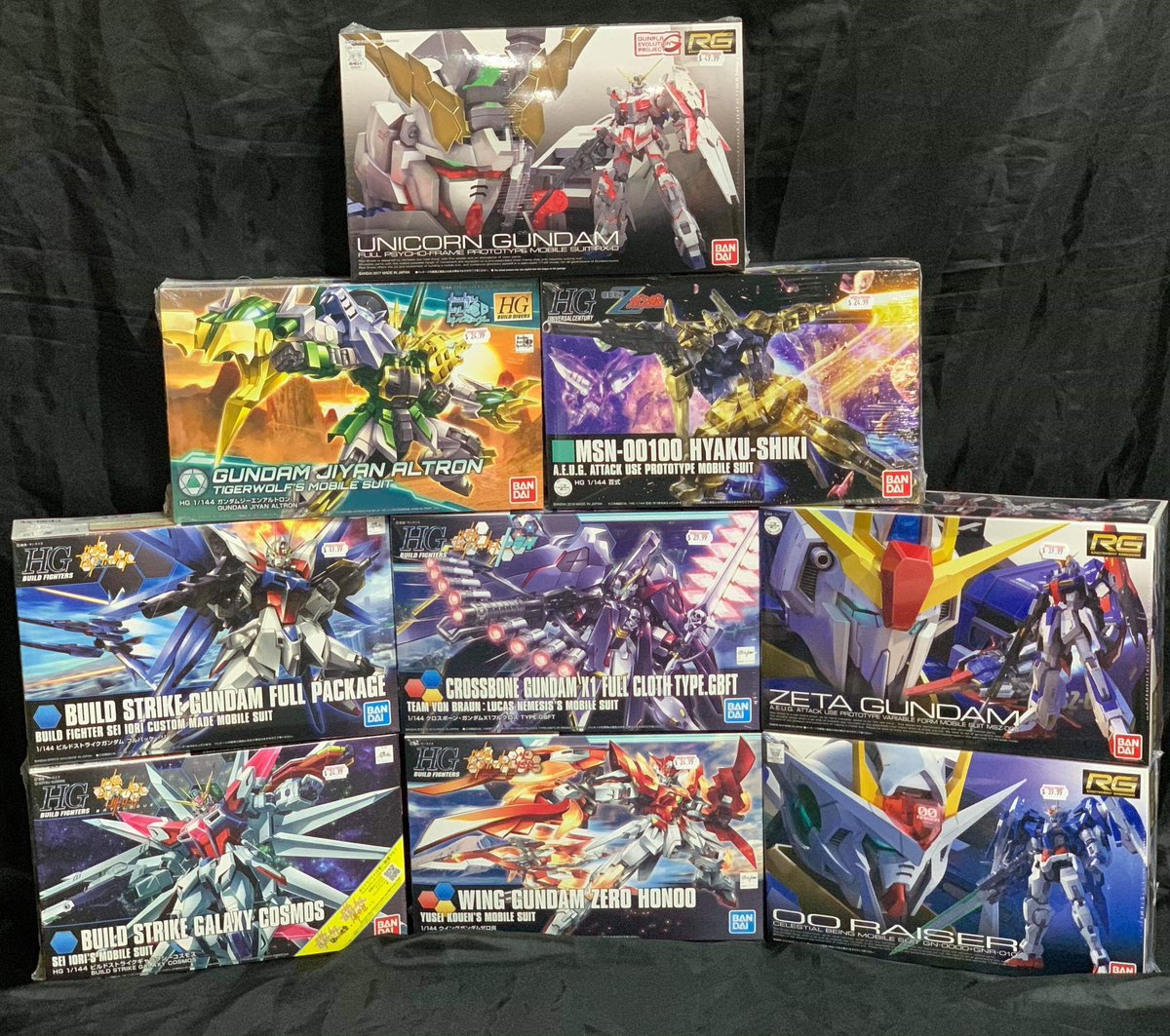 Gunpla on gunpla on gunpla!  Be sure to stop by Heroes & Fantasies this weekend - We've restocked our Gundam Model Kits!  Suit up!  ▪️ ▪️ ▪️ #Gundam #Gunpla #Bandai #Model #ModelKit #Collect #Collector #Build #LCS #LocalComicShop #SanAntonio #Texas