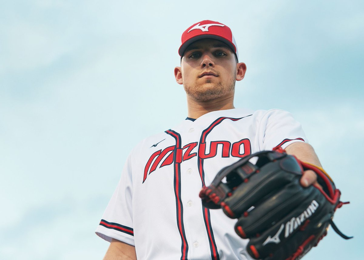Proud to announce that top prospect, third baseman Austin Riley is now officially a #MizunoPro! Welcome to the #MizunoFamily, @austinriley1308! Read all about it on The Insider Blog http://bit.ly/2EPJhv9
