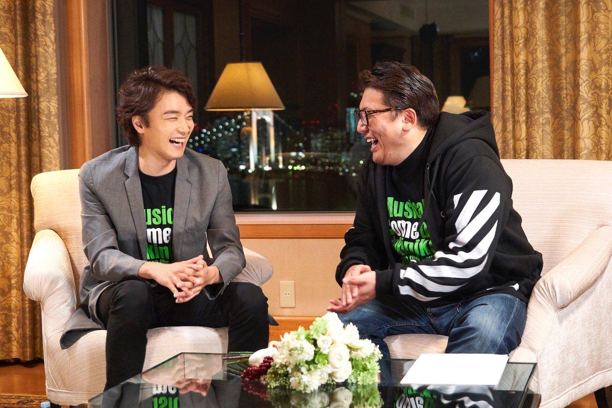 グリブラ 第23話の思い出福田雄一 監督と 井上芳雄 さんの、東京の夜景をバックにミュージカル愛溢れ
