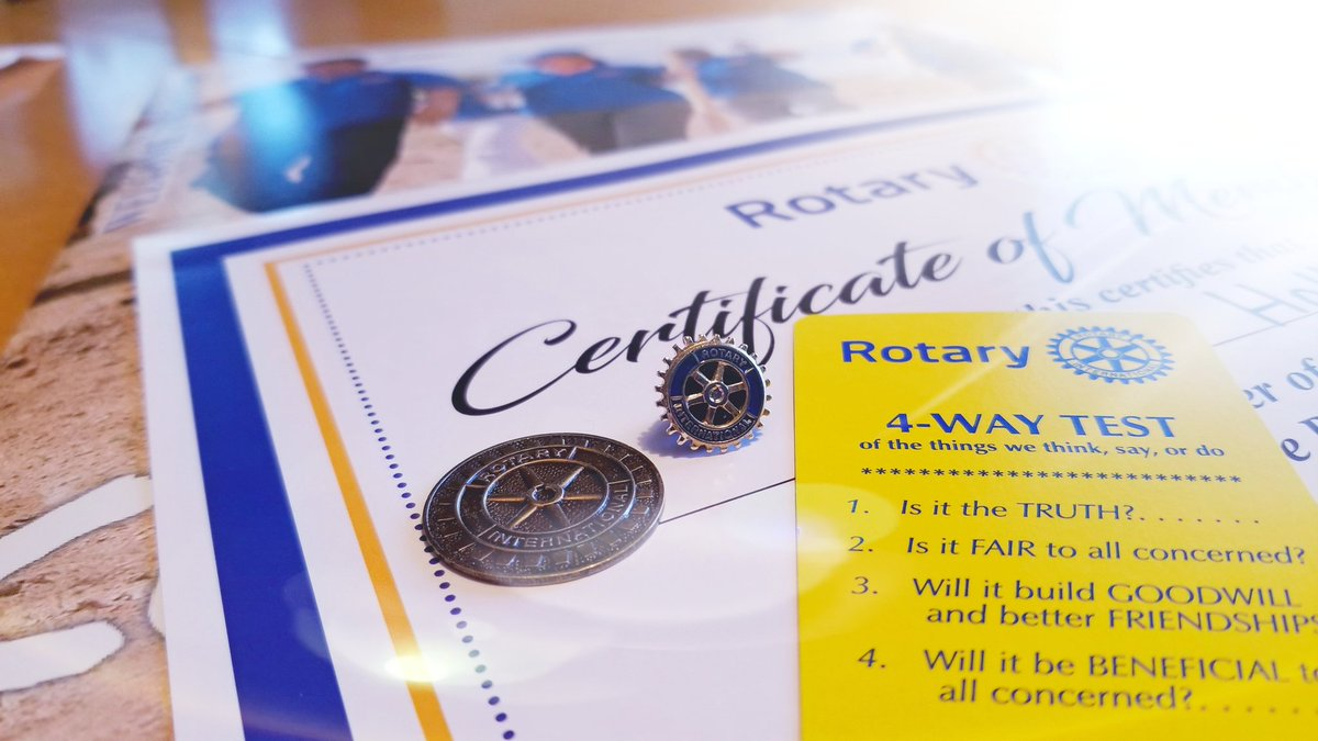 Happy Monday! Are you a member of one of the #Rotary Clubs here in #RedDeer? If not we'd love to have you join us in #MakingADifference locally and globally. @UrbanSpiritsRD @rotary_sunrise @RedDeerRotaract @RotaryRDEast #ServiceAboveSelf