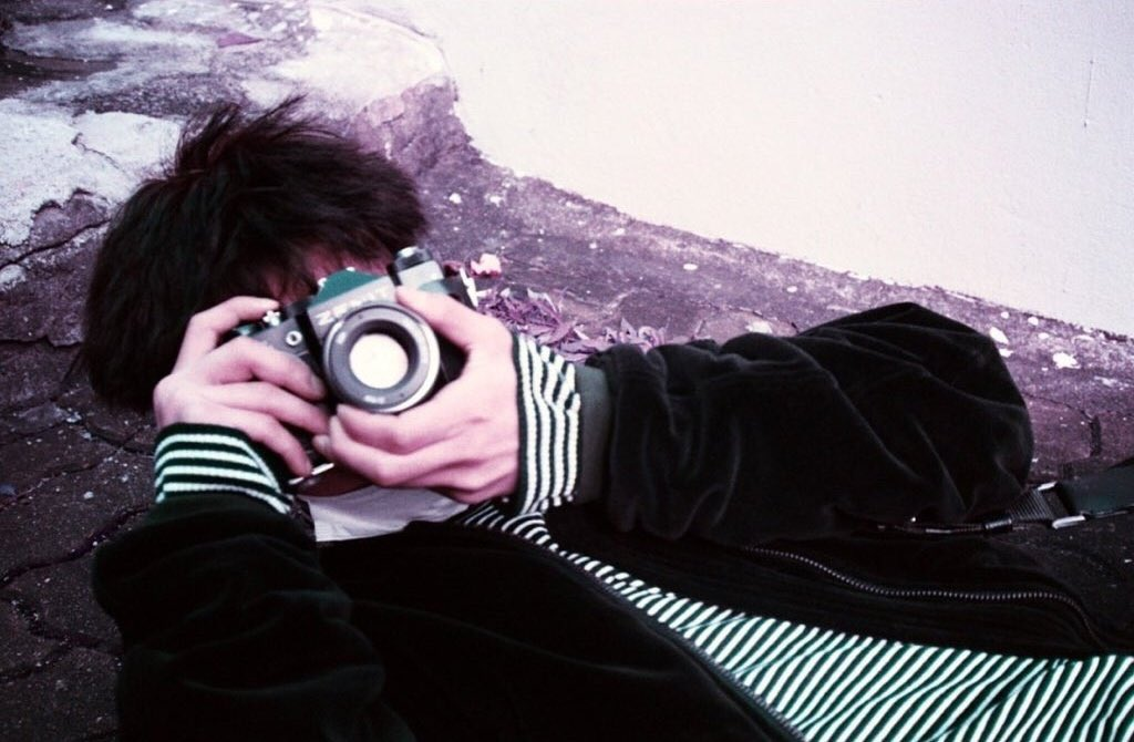 Hanbin with Zenit TTL 35mm. It's russian vintage film slr camera, produced around 1977-1985🌻