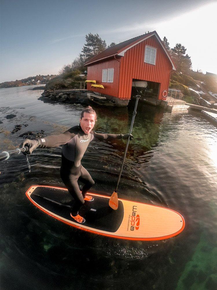 Den Nederlandske bloggeren TravelTom besøkte #Kristiansand og #KoteNull på #Sandøya. Se en turists anbefalinger for besøk på #Sørlandet om vinteren: ow.ly/KSkC30nUzu7