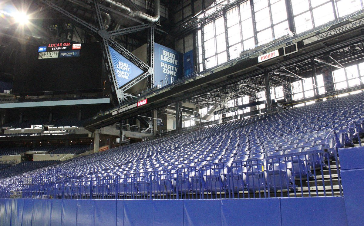 .@LucasOilStadium Public Tours Available This Week: Wednesday, 3/6: 11am, 1pm, 3pm Thursday, 3/7: 11am, 1pm, 3pm Friday, 3/8: 11am, 1pm, 3pm 🎟️Tickets: http://bit.ly/lostours