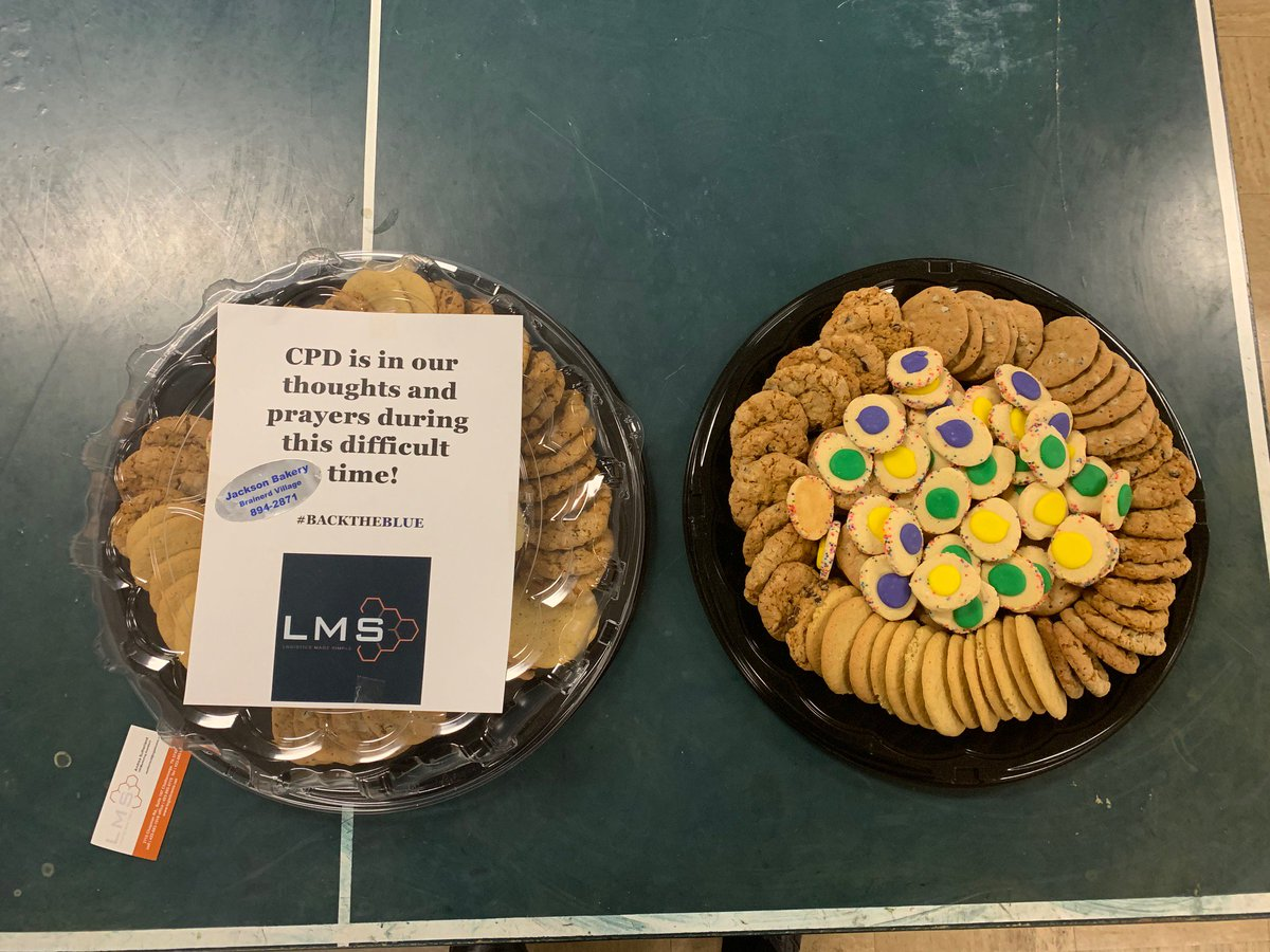 Thank you @LMSChattBham for stopping by with some delicious cookies and a heartfelt message!