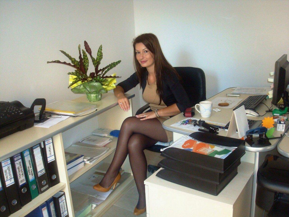 частные фото секретарш в офисе лишь посоветовать