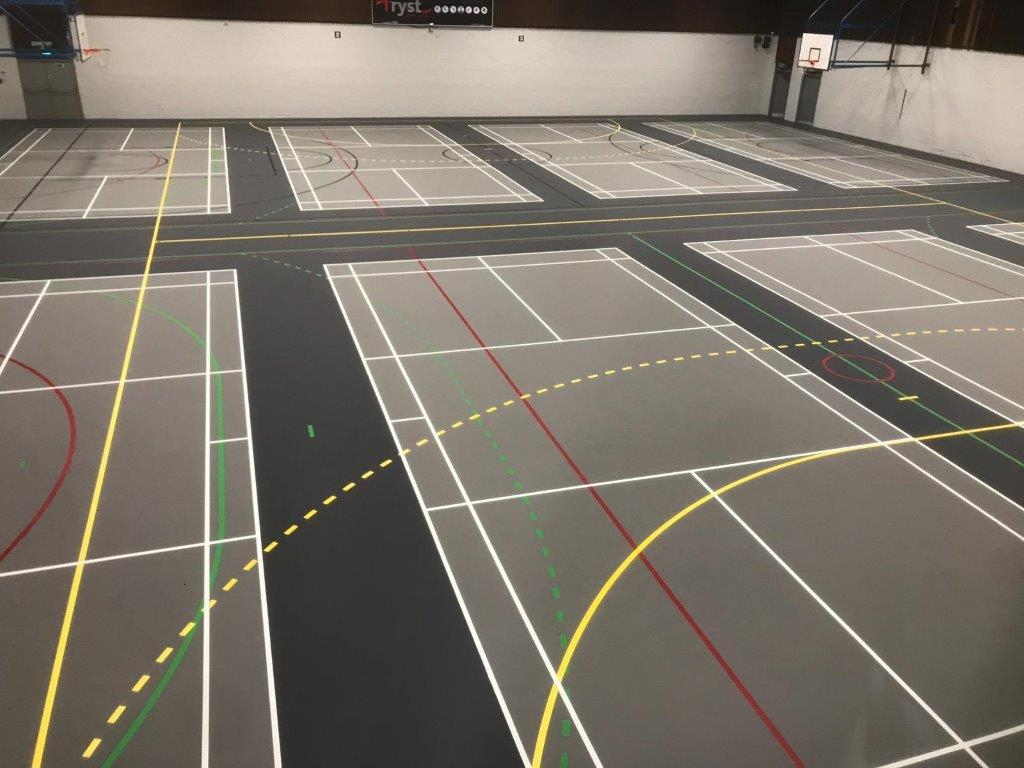 We've started! This week we are busy overlaying the existing timber floor @nlleisure Shotts Leisure Centre with our Pulastic Elite Comfort 20 floor. Stay tuned for the final pictures 📸 https://t.co/sX2LJd1wk9