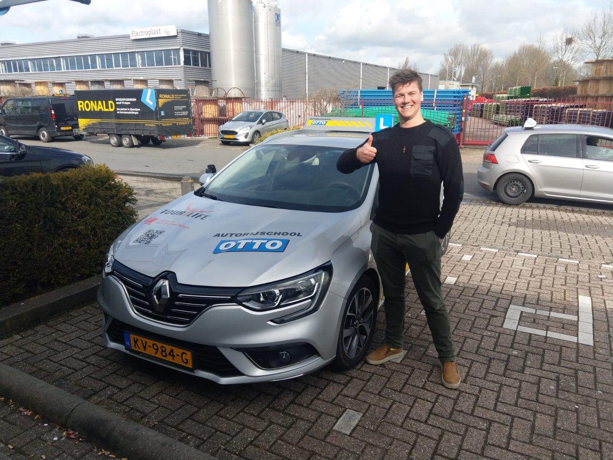 test Twitter Media - Joran van Pel ook in 1x geslaagd voor het rijbewijs, gefeliciteerd! https://t.co/pzFjnEei7L