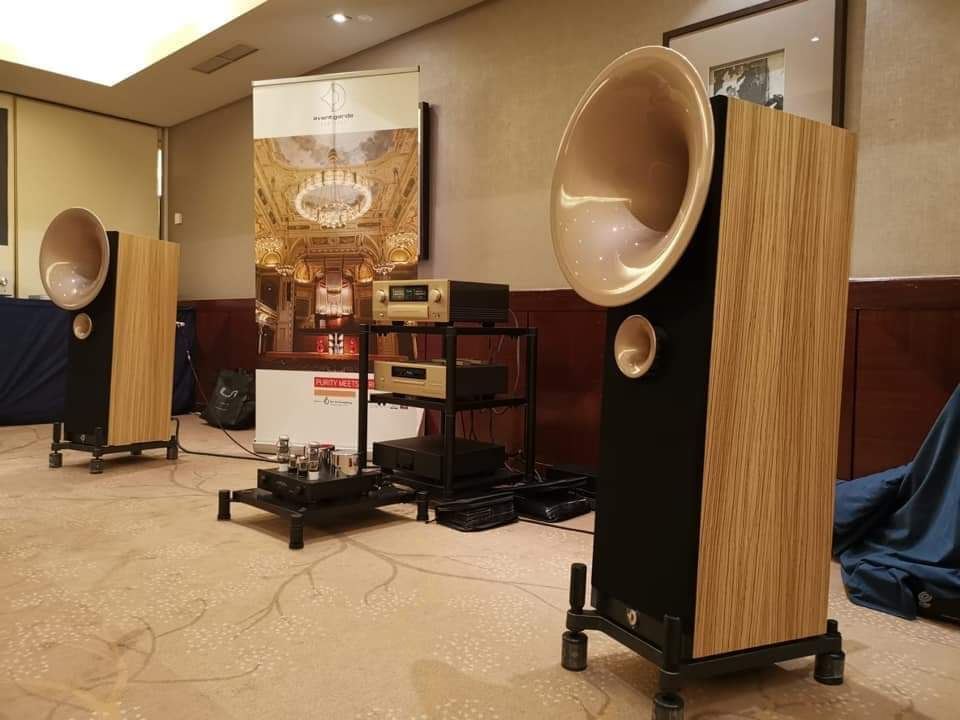 Bernard Zvokelj On Twitter Avantgarde Uno Fino Accuphase E 650