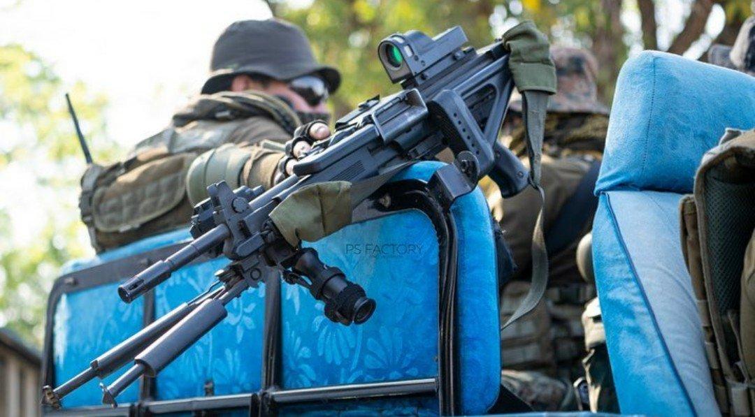 IWI Negev Light Machine Gun with MEPRO-21 Reflex Sight used by IAF SF Garud Commandos