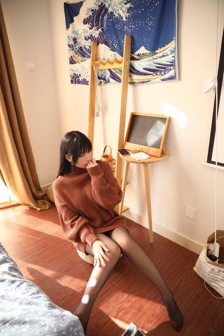 コスプレイヤー鹿野希のTwitter自撮りエロ画像25