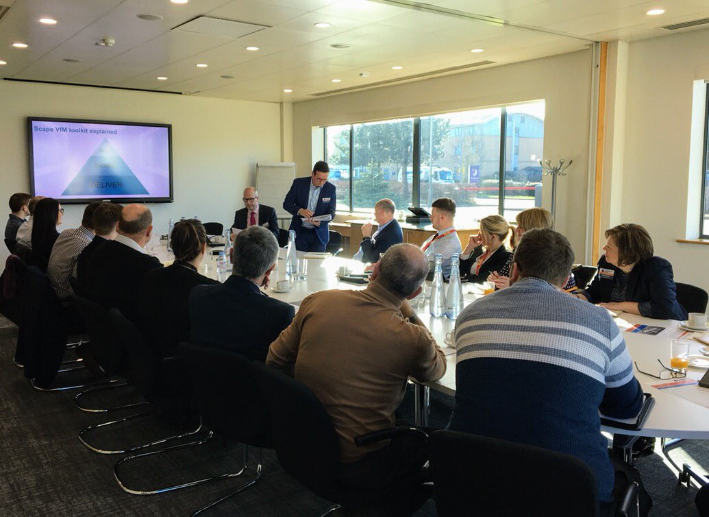 An excellent turnout for our East Midlands Best Practice Club this morning with a lively discussion on Value for Money facilitated by our Wates colleagues @alistair_amc and @JamieShearman2 #TeamScape #CEMidlands