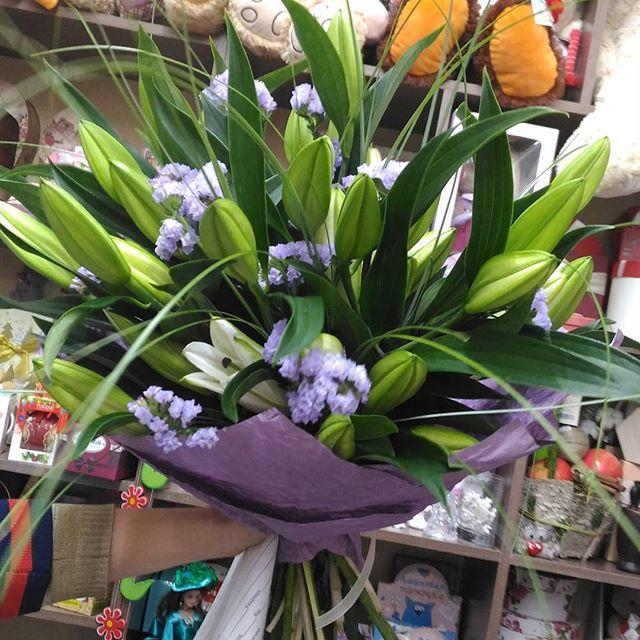 Заказ цветов на дом златоуст, невесты доступные