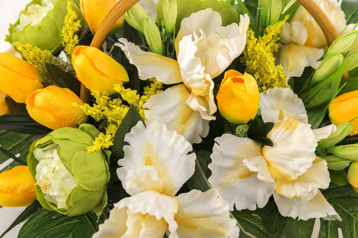 это фото красивых букетов мимозы и тюльпанов свадебная