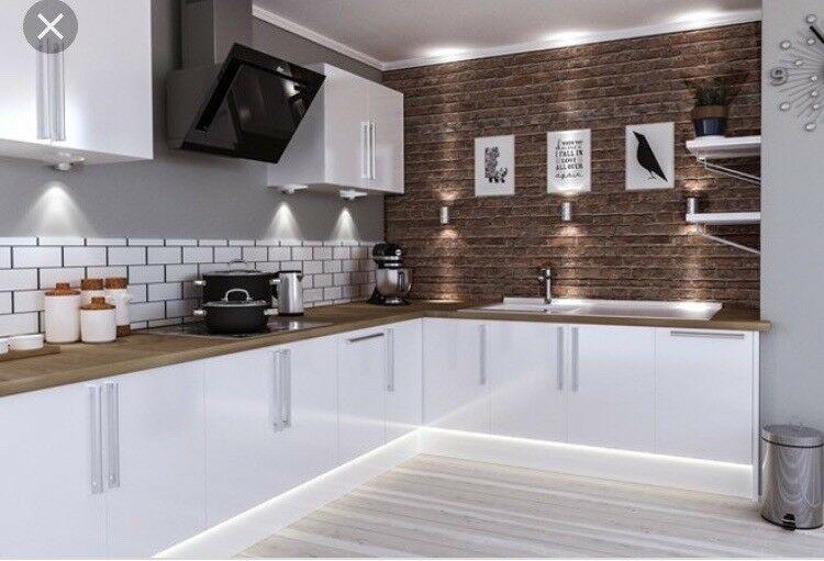 9f951d55f63b0 Painted or Gloss  Kitchen  Design  Kitcheninspo  paintedkitchen   glosskitchen  votepic.twitter.com S7v8W5f5Zb