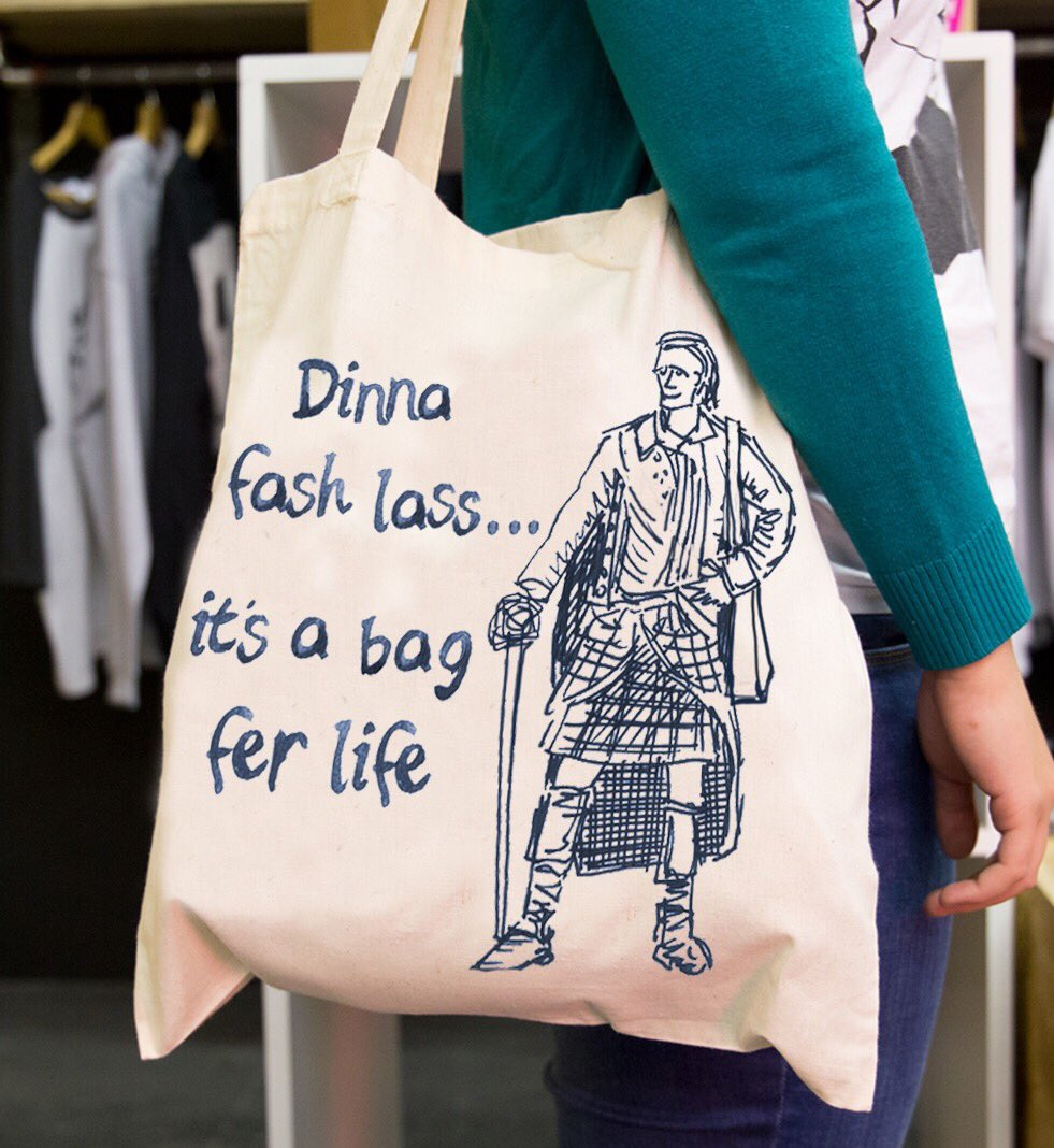 'Dinna fash lass, it's a bag fer life' Tote bag inspired by #Outlander   £7.50 + £2.50 postage worldwide.  Retweet naming an #outlander fan you know and I'll pick one name to receive a bag fer free 😉  https://www.etsy.com/uk/listing/674264446/dinna-fash-lass-tote-bag-inspired-by-the…  #jamie #famoussayings #scotland