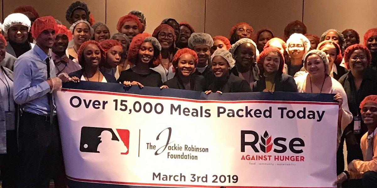 See how #JRFScholars teamed up with @MLB to combat hunger during this year's JRF Mentoring & Leadership Conference. https://buff.ly/2tNTmCi  #JRFMLC #LegacyConference #JRFoundation #JR100