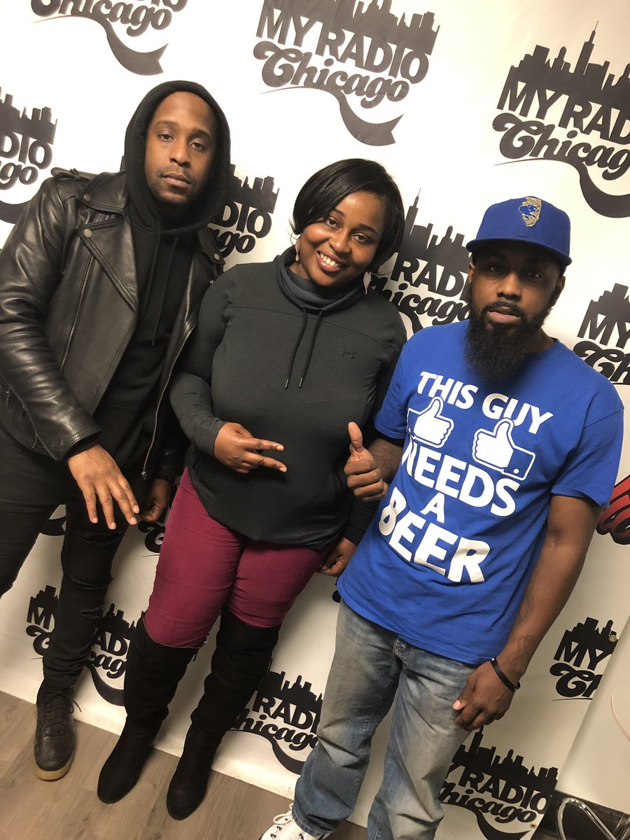 @DJMILEHIGH Slid thru and kicked it for a minute with host @GerryPointerJr & Intern Danielle from Illinois Media School 🗣#MILEHIGH #StackOrStarveApproved #WGCI #iHeartRadio #MyRadioChicago #BootCampRadio