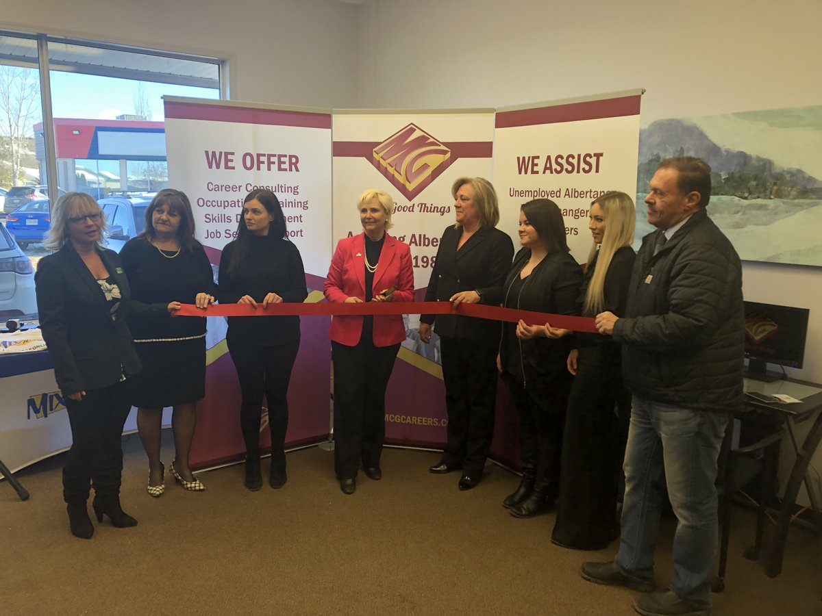 We had the pleasure of doing a ribbon cutting at MCG today! Their grand opening goes until 3 so stop by and learn about all the great services they offer! #fortsaskatchewan #MCG #careers