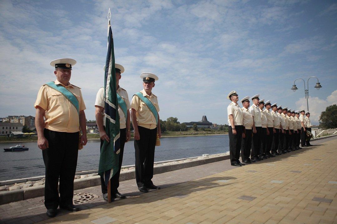 Поздравление моряков подводников с праздником