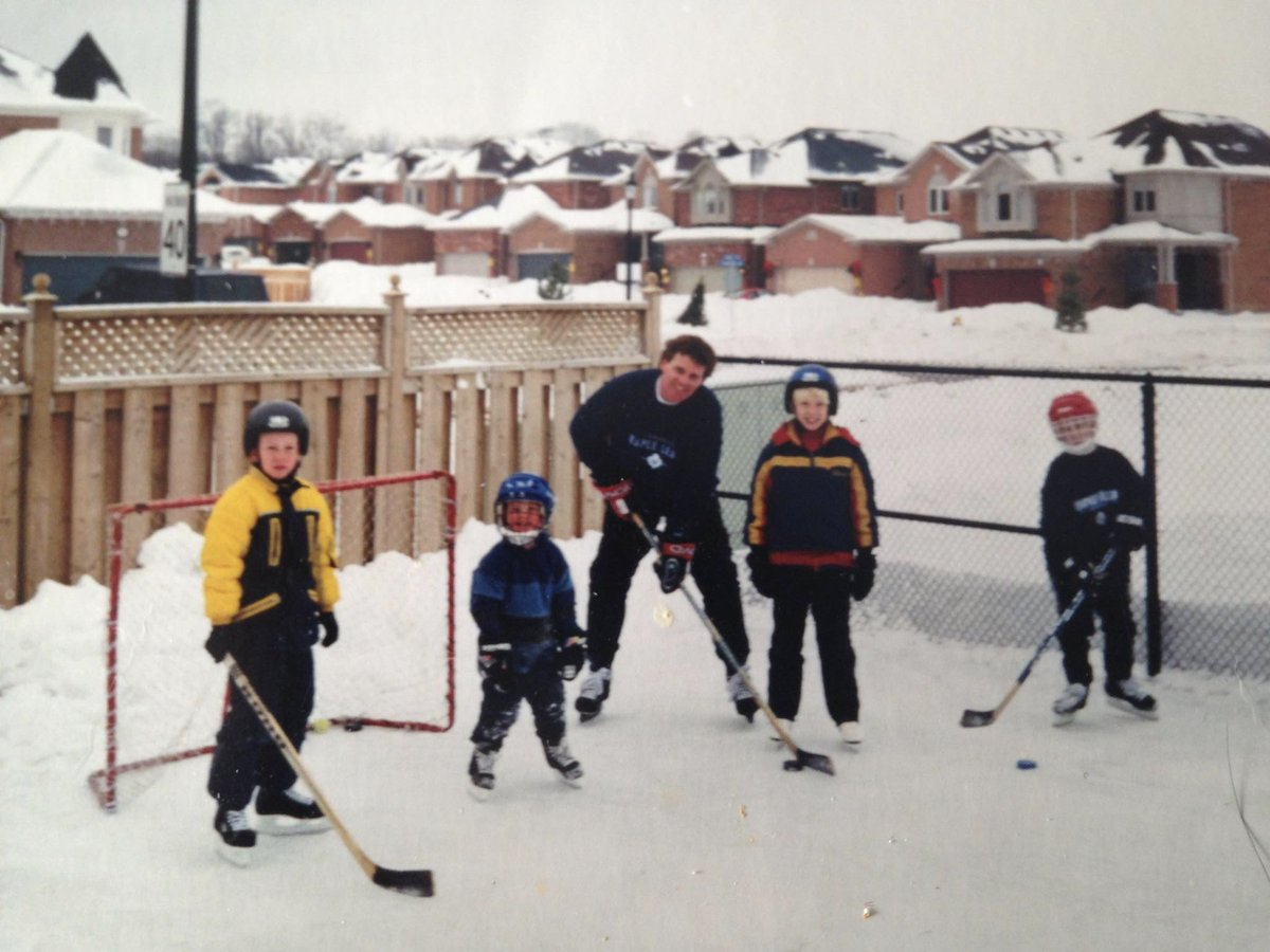 5229aeb6b80  MyFirstHockeyMemory was skating with my family and friends on our rink in  the backyard.  drtwofive what was yours pic.twitter.com yjmdejRm97