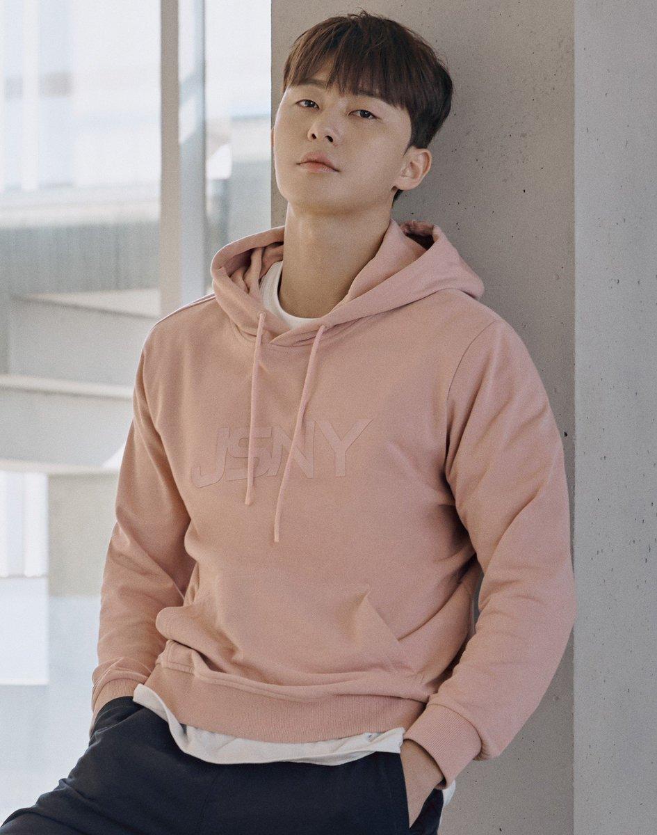 Park Seo Joon لماركة Jillstuart Sport 2019 Kdrama Stars 1