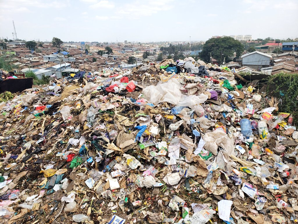 The garbage in most Nairobi slums and the human waste is collected and dumped into the rivers that pass throu the slums. To reclaim the rivers @MikeSonko provide sanitation and garbage collection facilities in all the slums.After one rain season, we shall have riverfront picnics.