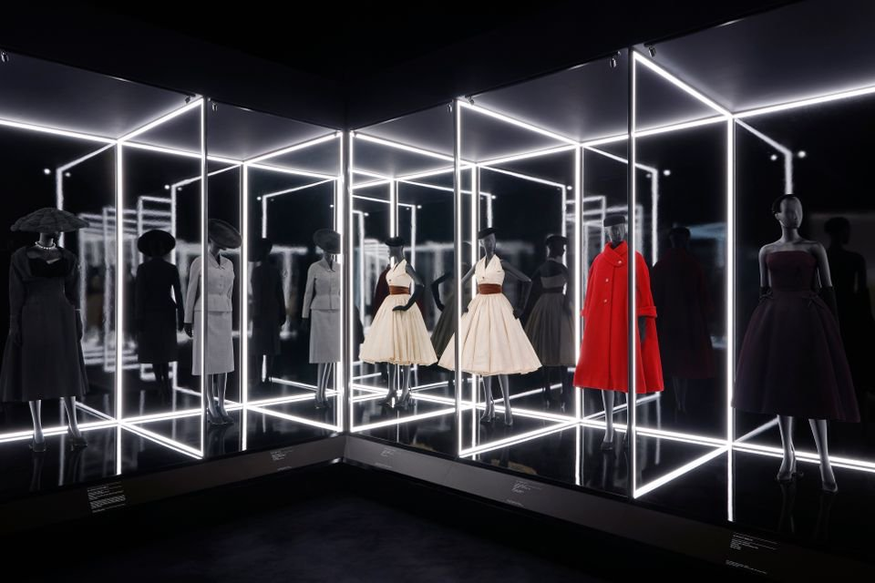 Sold out: @Dior on track to become @V_and_A's most successful show ever https://t.co/1Vh9mifZTp