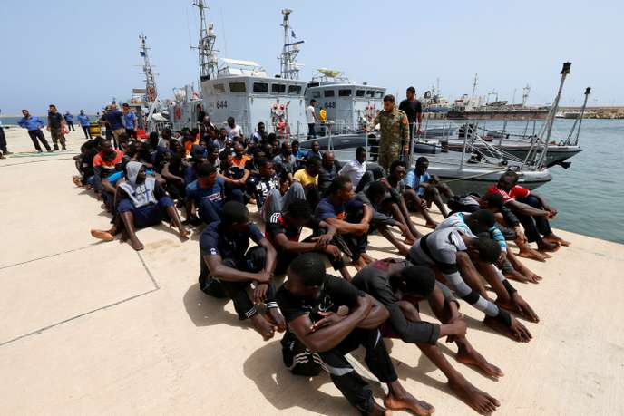 Outrageous that France will supply Libya with boats to intercept migrants and return them to nightmarish conditions. A further step in contributing to a cycle of atrocious abuse https://www.lemonde.fr/international/article/2019/02/22/paris-livre-des-bateaux-a-tripoli-pour-contrer-les-migrants_5426590_3210.html…