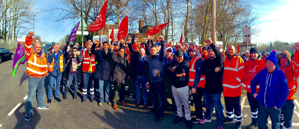 We stand together we stand united  #BirminghamBinStrike #bin #strike a great turnout and show of solidarity today in Birmingham.<br>http://pic.twitter.com/SgeFWhrav6