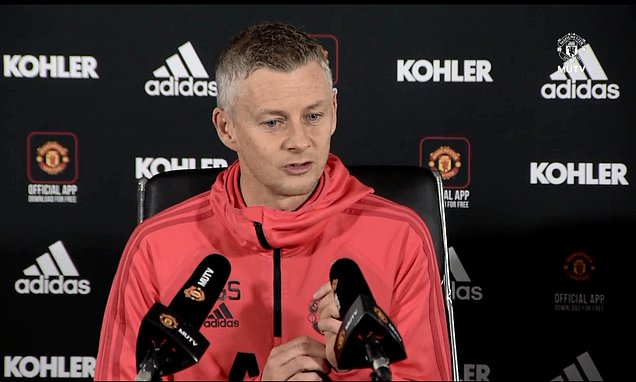 Ole Gunnar Solskjaer jokes that he will get Sir Alex Ferguson to take Manchester United team talk  https://t.co/WCZ7S2gh3J