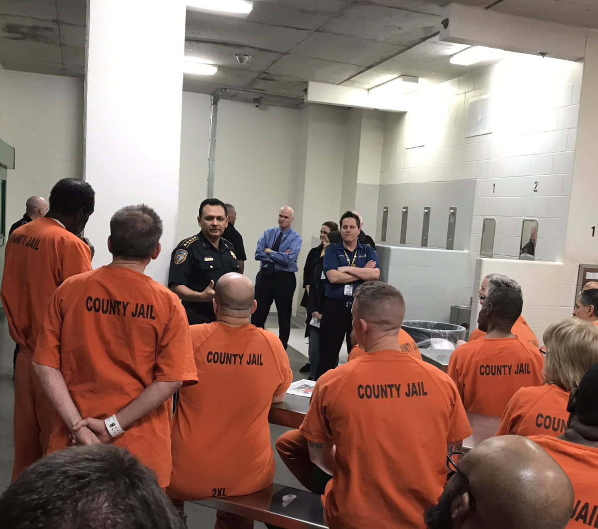 @HCSO_MHU @HCSOTexas @SheriffEd_HCSO kicking off #BrothersInArms. Programming to bring veteran specific resources to #veterans housed in our facilities. Thank you @Heide86905019 for your hard work and commitment to bringing this program to fruition. #recovery #jailchaplaincy